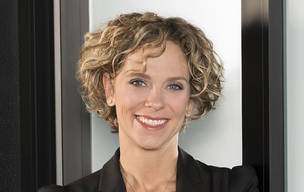 Ève Laurier (EMBA 2011) appointed General Manager of the Montreal office at Edelman