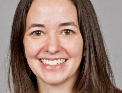 Geneviève Auclair (EMBA 2017) reçoit la Médaille du service méritoire